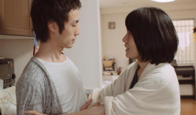 映画「微熱」の続編より。新たな借金が発覚し、言い争う夫婦