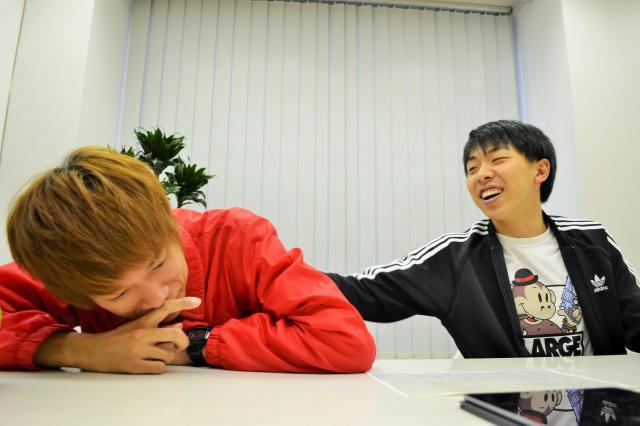 論争に決着がつき、うなだれる田中さん