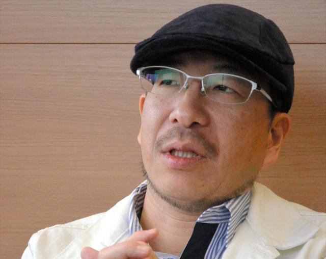 タイのコールセンターで働く日本人を取材した水谷竹秀さん