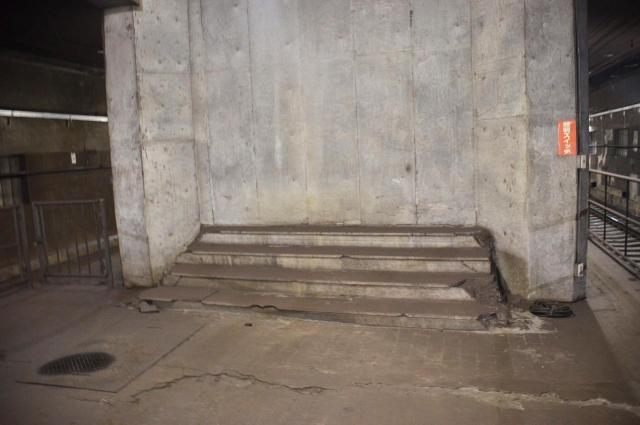 ふさがれた階段