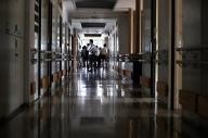植松聖被告が建物に侵入後、最初に通った廊下=2017年7月6日、相模原市緑区、葛谷晋吾撮影