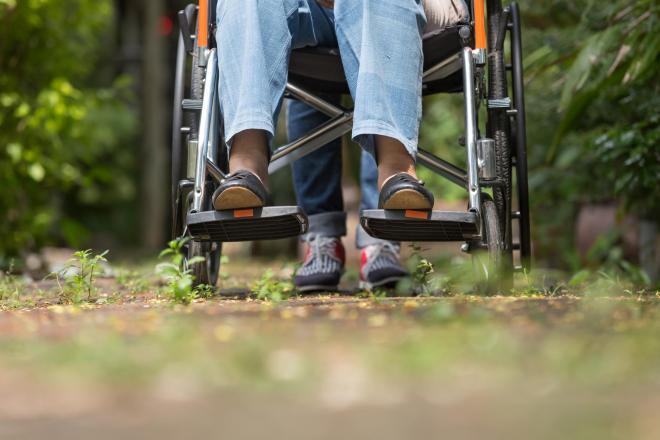 介護の果てに起きた悲劇…※写真はイメージです