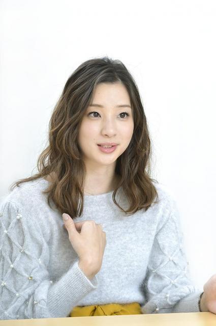 タレント 足立梨花(あだち・りか)さん1992年生まれ。2007年に中学生で芸能界デビュー。バラエティー番組をはじめ、NHK連続テレビ小説「あまちゃん」、フジテレビ「人は見た目が100パーセント」など、話題作に多数出演。http://www.horipro.co.jp/adachirika/