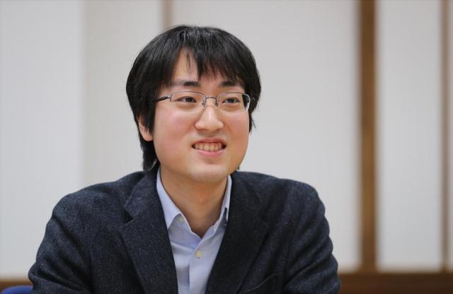 金子智樹さん=東京都文京区、関田航撮影