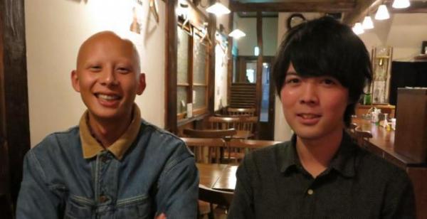大越森平幹事長(左)と井上一星さん。それぞれの探検観を語ってくれた=2017年11月16日
