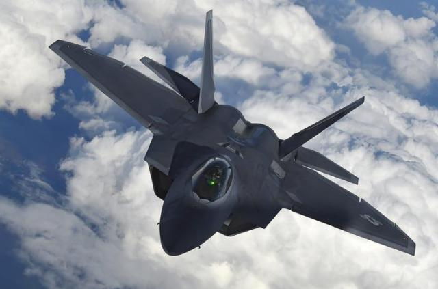 F-22戦闘機=ロイター