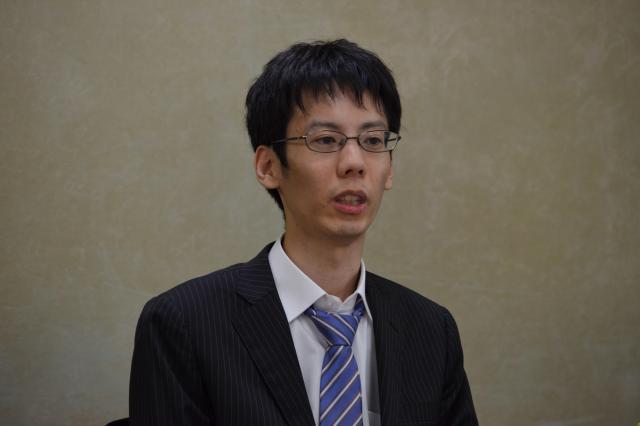 「株式会社ウチらめっちゃ細かいんで」設立記者会見で話す平野さん