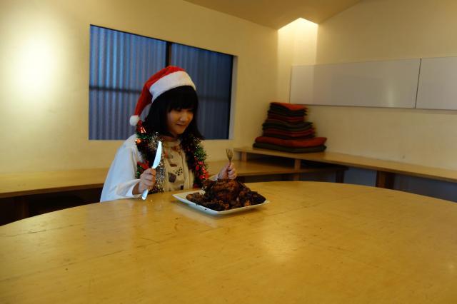 「一人クリスマス」を検証する朝井さん