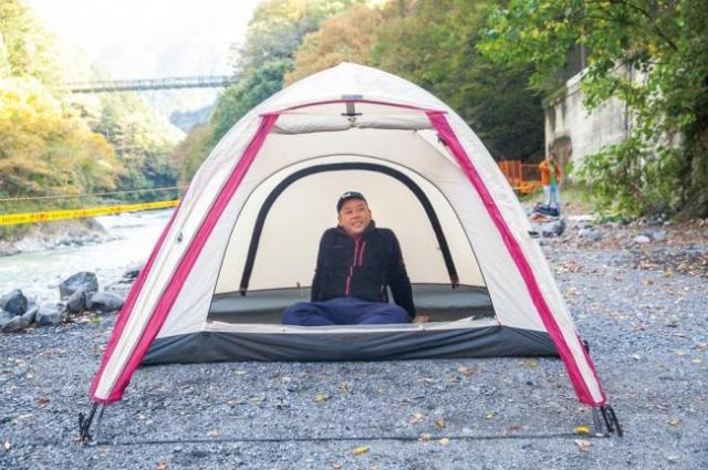 最近話題になっている「ソロキャンプ」はバイきんぐの西村瑞樹さんが紹介
