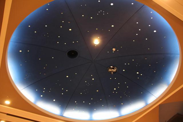 天井はこんな感じ