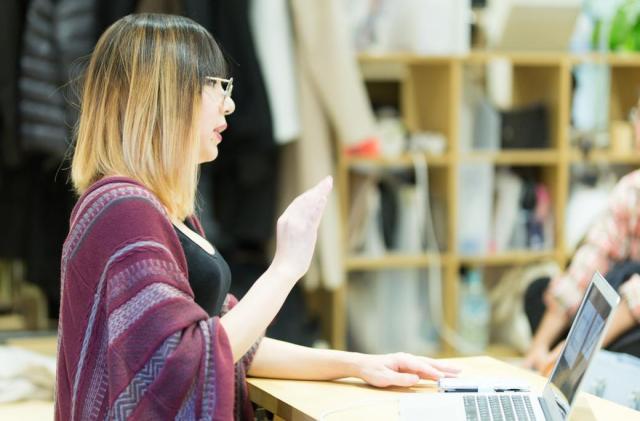 昨年11月から無料の勉強会を月1回で始めた。「貢献」の新たな形だ=モカさん提供