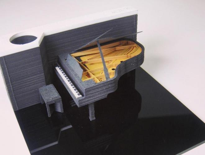 こちらはピアノ