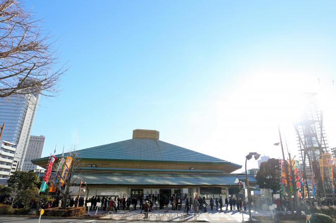初場所を翌日に控えた両国国技館=柴田悠貴撮影