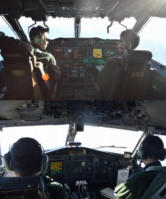 上はC2の操縦席=1月31日午前。下はC1の操縦席で、C2に比べメーターなどが多い=1月30日午後