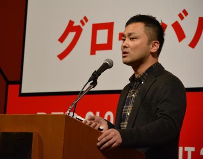 アイスタイルの小紅書との取り組みを説明するアイスタイルチャイナの吉田直史・董事長=2018年1月15日、東京都港区