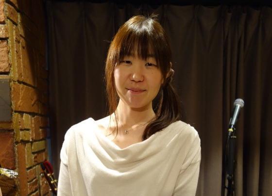 「Lpaのうた」が県内で有名なシンガー・ソングライター、あべさとえさん