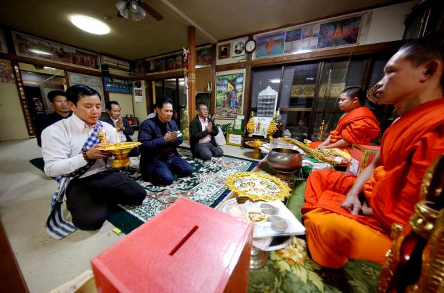 ラオスもタイやミャンマーと同じく仏教国。毎年、11月の満月の日に、「タートルアン」というお祭りが開かれる