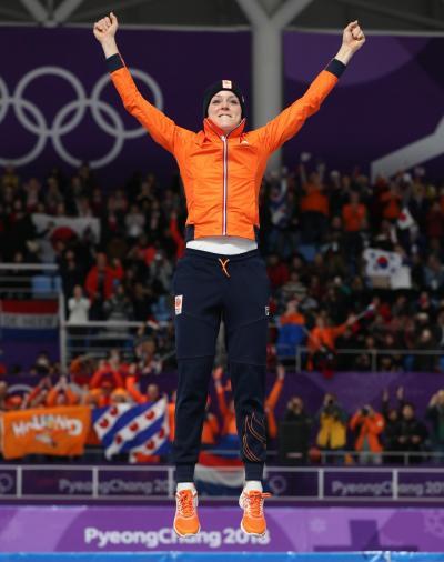 女子1000メートルで金メダルのヨリン・テルモルス選手=遠藤啓生撮影
