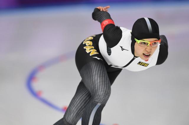 女子1000メートルで滑走する小平奈緒選手=白井伸洋撮影