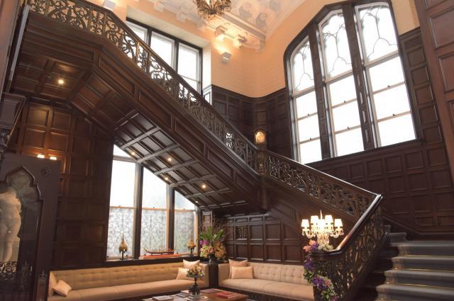 タイ大使公邸の1階大広間。時折、レセプションなどが開かれる