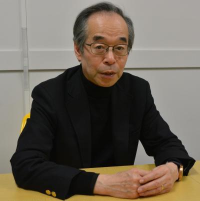 インタビューに応じる日本UAS産業振興協議会の鈴木真二理事長=東京都文京区