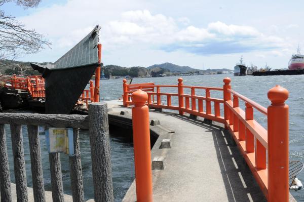 【7】2011年5月3日、五十鈴神社前の内湾の風景=気仙沼市魚町
