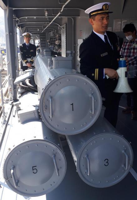 護衛艦「ゆうぎり」に搭載された魚雷。敵の潜水艦を攻撃する=3月14日、神奈川県横須賀市の海上自衛隊横須賀基地