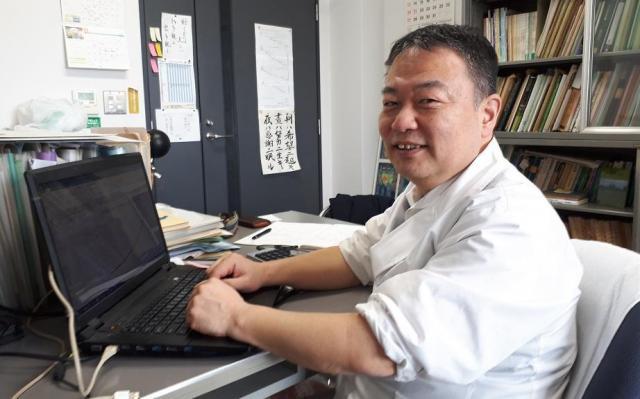 大阪府立大学の青野靖之准教授
