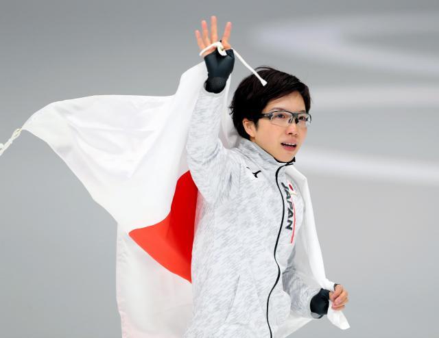 女子500メートルで金メダルを決めた小平奈緒=2018年2月18日、江陵オーバル、遠藤啓生撮影