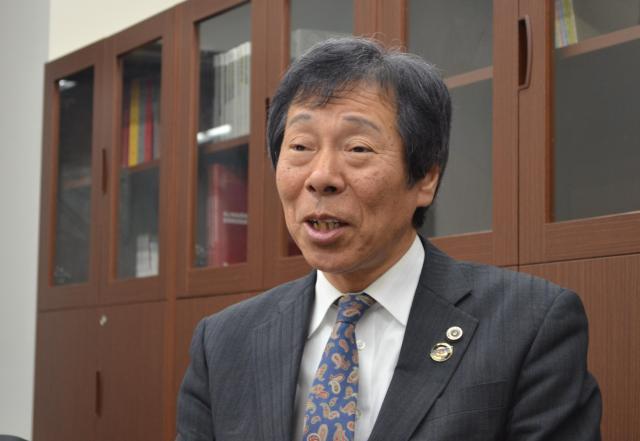 早稲田大学の棚村教授