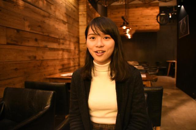 朝日新聞のインタビューに応じるアグネス・チョウさん=2018年2月26日、香港、益満雄一郎撮影