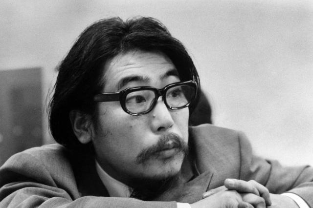 山本祐ノ介さんの父親で音楽家の山本直純さん=1972年