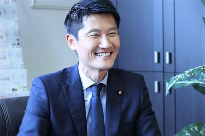 朝日健太郎さんが、大きなキャリアチェンジが成功できたのは、選手時代から守ってきた「軸」があったという