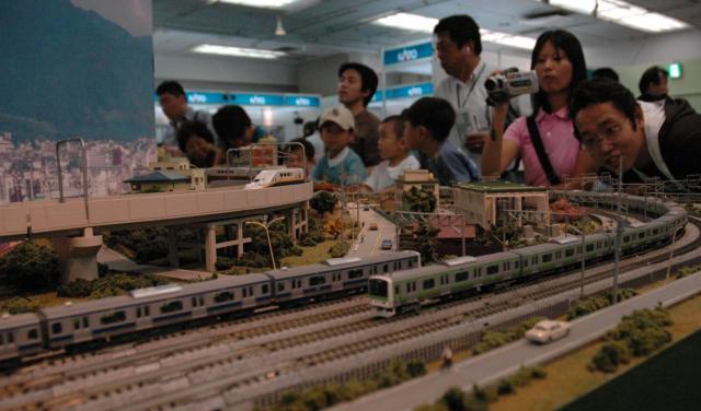 松屋銀座の「鉄道模型ショウ」=2007年、池田隆壱撮影
