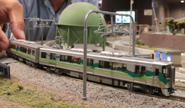 2回目に出展した愛知環状鉄道2000系。丸栄の鉄道模型展に合わせて販売された=東京都新宿区、吉本美奈子撮影