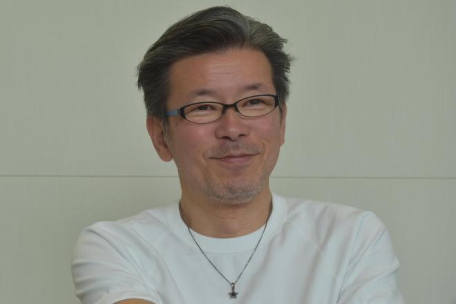 インタビューに答える嬉野さん=奥山晶二郎撮影
