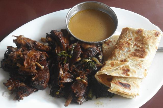 ケニアのヤギ肉のグリル