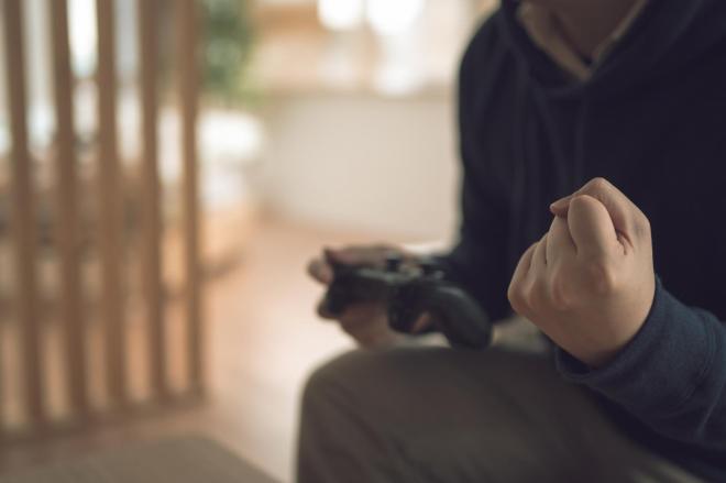 「ゲーム依存症」の怖さ。熱中するあまり夫婦関係まで微妙に……※写真はイメージです
