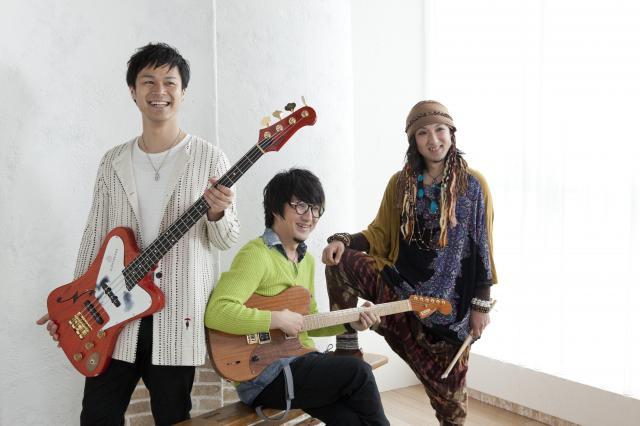 左から、八田典之さん、山崎史朗さん、山崎雄介さん