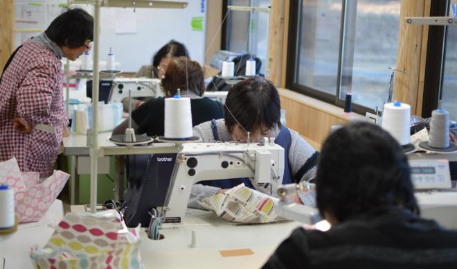 縫製作業の様子