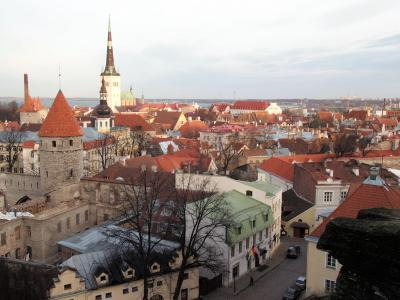 エストニアの首都タリンの街並み=2006年12月11日