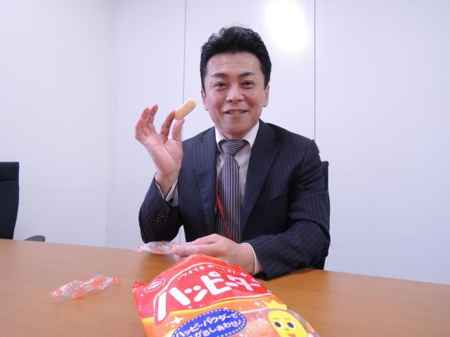 ロングセラー商品にはフレキシブルさが大事だと語る亀田製菓の平野和雄さん