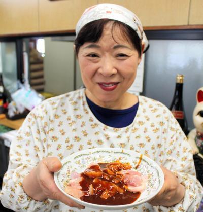 ひね鶏を紹介してくれた前島食堂の店主、前島弘子さん