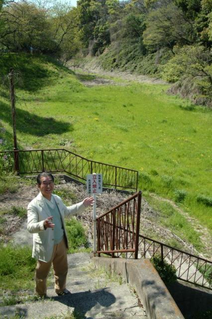 かつてあった大津町駅へ降りる階段=名古屋市中区