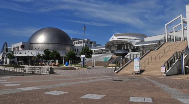 こちらが名古屋港水族館