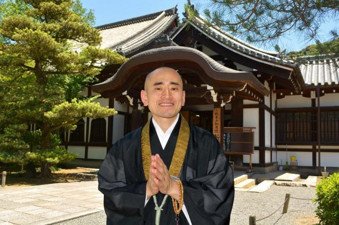 4月からインスタグラムを始めた知恩院。中心になった僧侶の池口龍法さん=2018年6月2日、京都市東山区