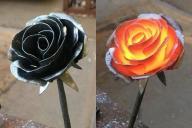 鉄でつくられた薔薇。右は制作工程で高温の時に撮影したものです