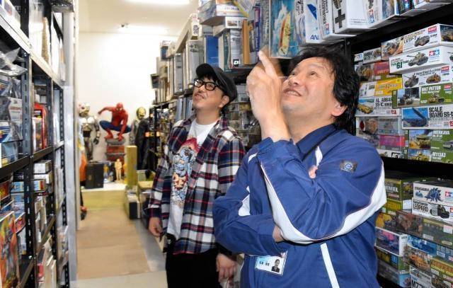 松浦さんはフィギュアファンとの会話も弾ませる