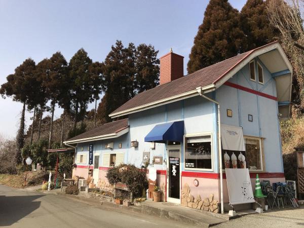 熊本県菊池市にあるアイスクリーム専門工房「ついんスター」