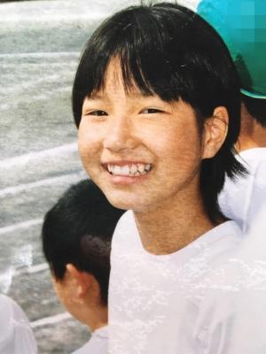 小学生時代。実は体育も好きで、リレーの選手でした